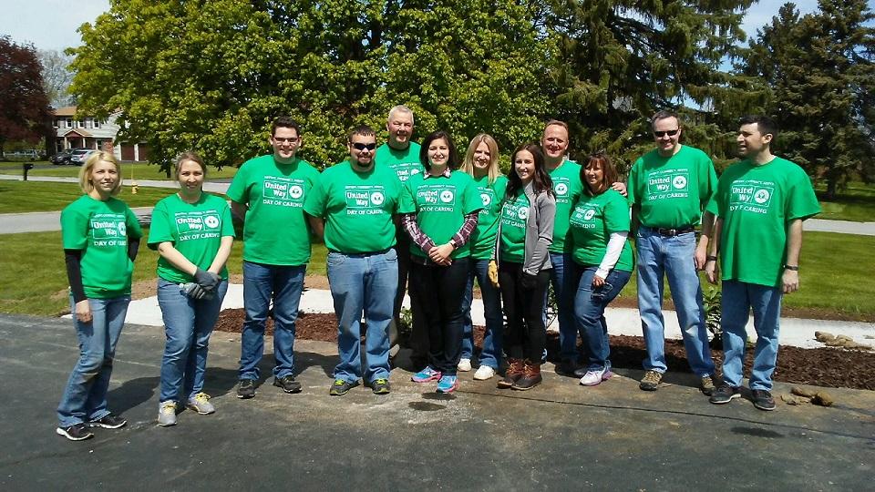 Seneca Financial volunteers